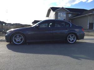 2006 BMW 330i DVD NAV Sunroof New Tires