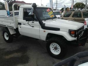 2002 Toyota Landcruiser HZJ79R (4x4) White 5 Speed Manual Cab Chassis Greenslopes Brisbane South West Preview