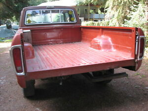 Truck Box, Tail Gate & Rear Bumper for 1970s Ford