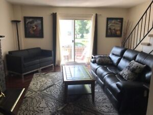 Rent furnished Spacious House Sarnia 3/4 Bedroom Short Term Wow!