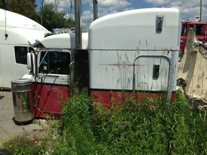 Peterbilt 379 378 and other Various Highway Tractor Cabs