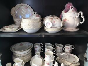 Royal Albert Tranquility China Set for sale - Loads of pieces