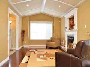 Beautiful Luxury Very Private Home quiet In cul-de-sac Surrey