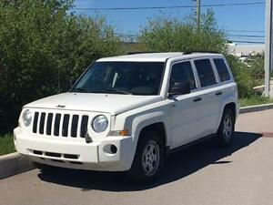 2009 Jeep Patriot North **ACCIDENT FREE** FINANCING AVAILABLE!!