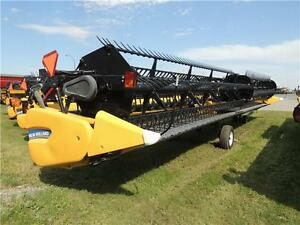 2014 NH 880CF-45 SuperFlex™ Draper Header CR/CX CIH AFX BLOW OUT Regina Regina Area image 4