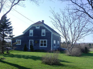 RESTORED 3 BDRM/1.5 BATH FARMHOUSE ON ACRE LOT IN N. WILLIAMSTON