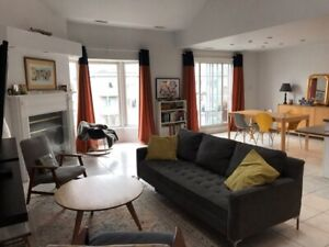 4 bedrooms in Front of Angrignon park At Lasalle