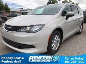 2017 Chrysler Pacifica LX 8 Passenger/Back Up Camera