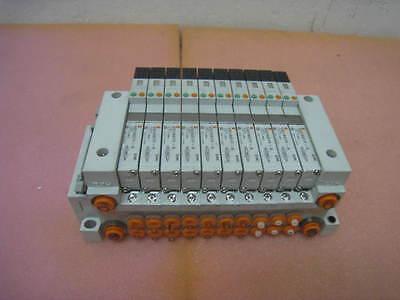 SMC PNEUMATIC MANIFOLD VV5Q11-ULB990274, SMC VQ1A01Y-5