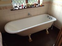Cast iron antique style bathroom suite in very good condition - to collect