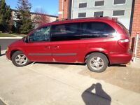 2006 Dodge Caravan Stow 'n Go V6 3.3 L Minivan NEGOCIABLE!