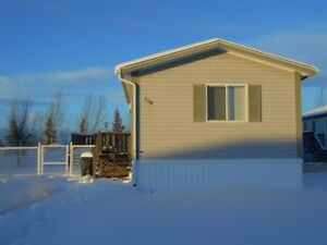 #5201 -  3 Bed  2 Bath Mobile Home in Silverpointe Avail. Now