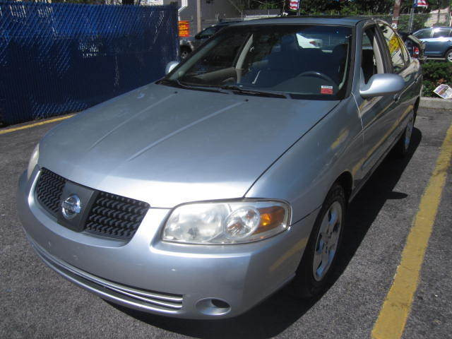 Image 1 of Nissan: Sentra 4dr Sdn…