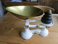 Kitchen Scales with weights
