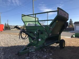 BALE KING VORTEX 3000 ROUND BALE SPREADER $7,500 ON SALE