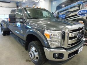 2016 Ford Super Duty F-350 DRW Lariat (Remote Start, Heated/Cool