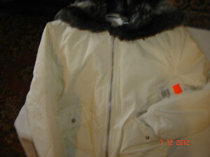 A brand new winter jacket  JLO for ladies West Island Greater Montréal image 1