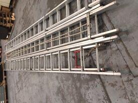 Heavy Duty Extending Aluminium Ladders