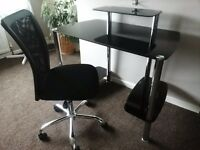 Black glass computer workstation & black office chair ex condition