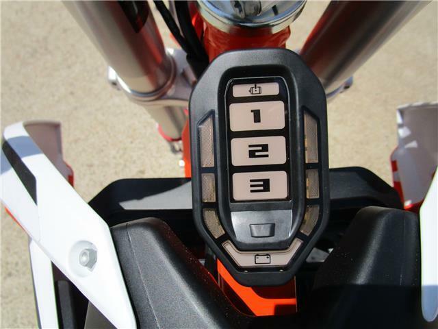 Thumbnail Image of 2020 KTM SX-E 5 Electric Kids Mx