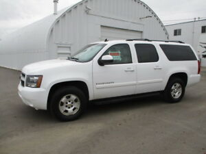 **INSPECTED** 2009 Suburban LT, LEATHER, LOW KMs!