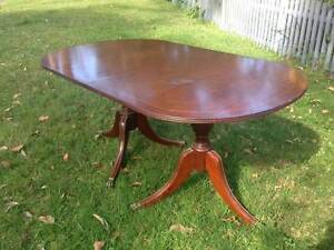 dining table and six chairs Northbridge Willoughby Area Preview