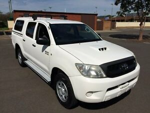 2010 Toyota Hilux KUN26R MY11 Upgrade SR (4x4) 5 Speed Manual Clarence Gardens Mitcham Area Preview