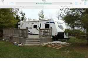 29 foot Prowler Trailer with slide out sleeps 8