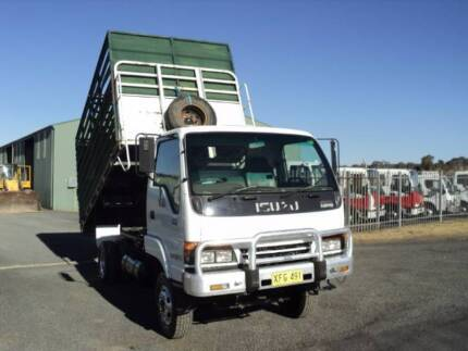 ISUZU NPS 4/1997 4X4 TIPPER WITH REMOVABLE STOCK CRATE