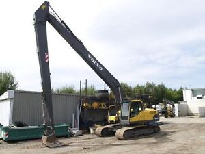 Volvo 240 Long reach excavator for rent