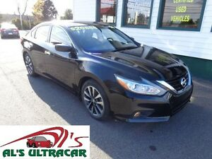 2016 Nissan Altima 2.5SV w/ sunroof only $166 bi-weekly all in!
