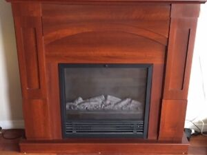 Electric Fireplace Immaculate Condition