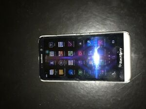 Blackberry Z30 Cell Phone