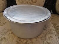 LARGE ALUMINIUM COOKING POT WITH LID , USED 13 INCHES DIAMETER 7 INCH HEIGHT