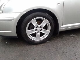 Toyota Avensis mk3 t3x alloy wheels + tyres for sale £175