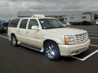 FRESH IMPORT CADILLAC ESCALADE ESV LONG WHEEL BASE 7 SEATER WHITE AUTOMATIC