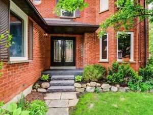 Mississauga 3 Bed 3 Bath Detached Home Trelawny Circ/Tenth