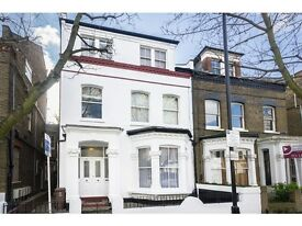 1 bedroom flat in Gloucester Drive, Finsbury Park, London, N4