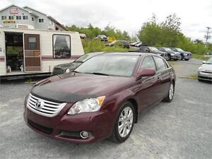 GORGEOUS! 2009 Toyota Avalon XLS / FINANCING AVAILABLE