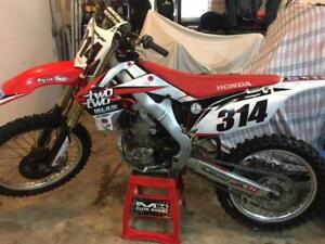 CRF250R Needs a Rider, Ready for the season