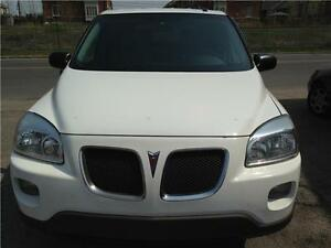 Pontiac Montana loaded Excellent Condition,,