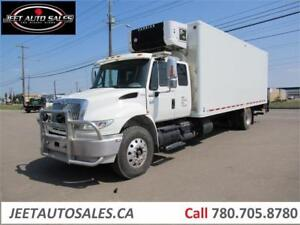 2006 International 4400 S/A Sleeper Reefer Truck with 24 FT Box