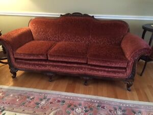 Antique Sofa - Awesome Condition - Free Delivery!