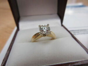 **4,475.00 VALUE** Beautiful 18k Ladies Yellow & White Gold Ring