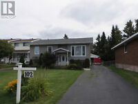 Beautiful East End Bungalow, Open House May 24 12:15 - 2 PM