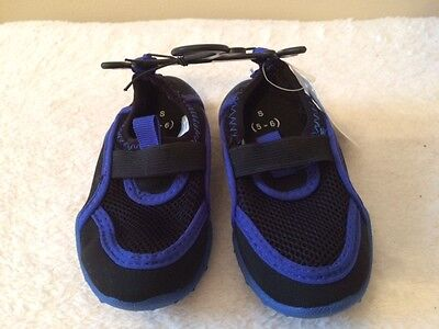 BOYS GIRLS Water Pool Beach SHOES * Blue Black * CHILDS Small 5/6 * NWT * Boys Black Blue Water Shoes