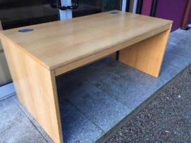 Oak 1500 executive office desk