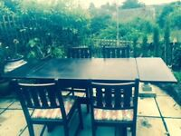 ERCOL EXPANDABLE OAK DINING TABLE AND FOUR CHAIRS SEATS 6-8