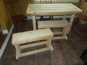 Rustic Small Harvest Table , 2 Benches