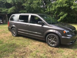 2015 Chrysler Town and Country Blacktop Edition